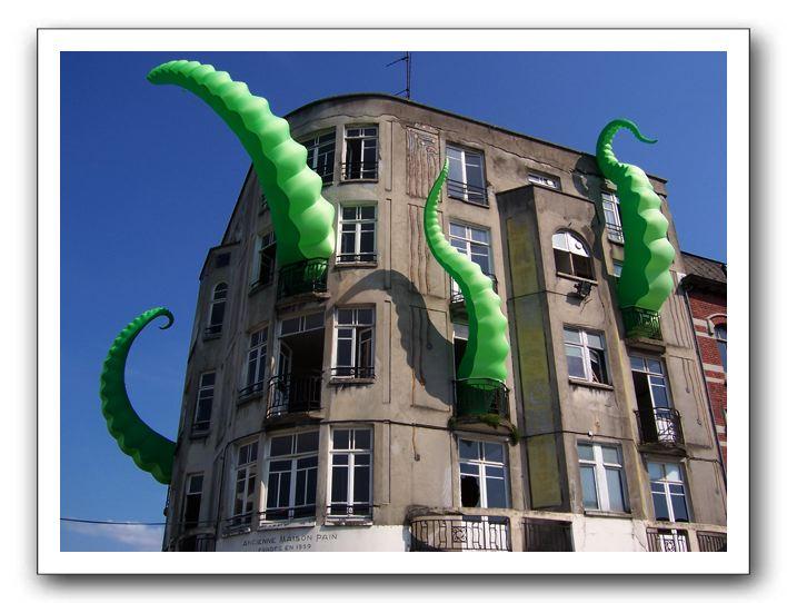 octo-pied building.jpg
